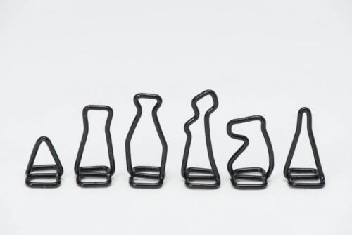 Silhouette chess set